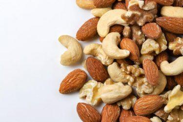 ナッツの種類と栄養素、その効果を徹底解説!食べると太るって本当?